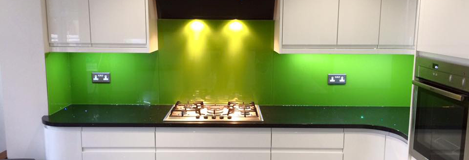 Green splash back - Double Glazing Bedford Splashbacks, Mirrors and Shower screens Bedfordshire | Clearglaze